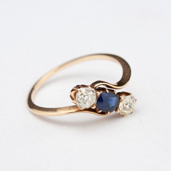 Antiikne sõrmus, 56 kuld, sinisafiir, briljandid