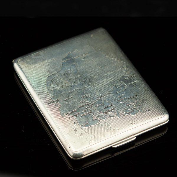 Antiikne portsigar Taani kaardiga, metall