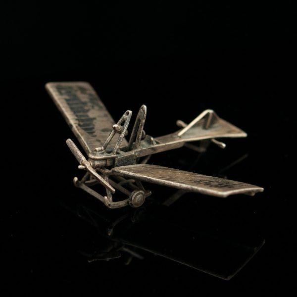Lennuki mudel, metall