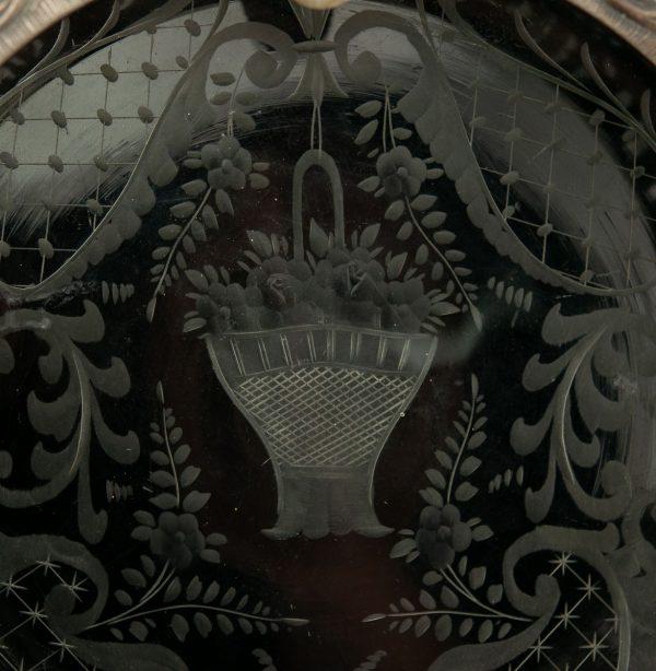 Antiikne tuhatoos,lihvitud kristall ja metall äär