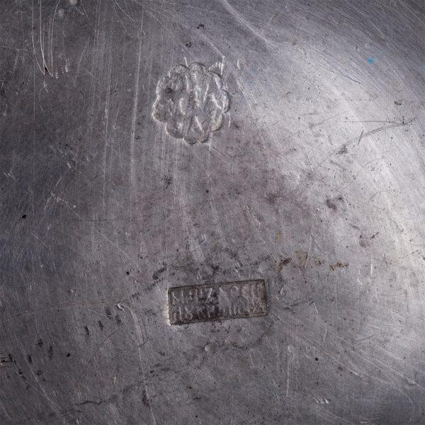 Antiikne metallist kaanega nõu 19 saj. Venemaa