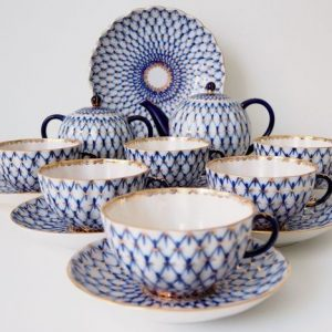 Russian Lomonosov LFZ porcelain tea set, blue and white netting