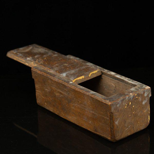 Antiikne puidust karp 1902a