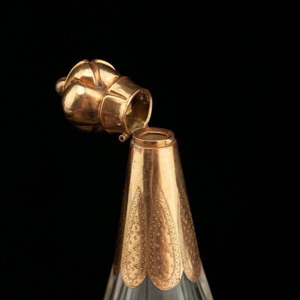 Antiikne 19. saj. Prantsuse parfüümi pudel, kristall kullaga