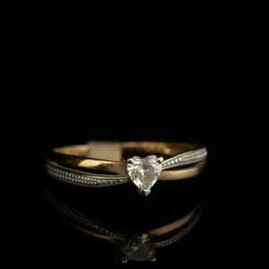 Sõrmus, 375 kuld, tsirkoon