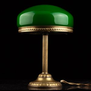 Art Nouveau table lamp, green dome