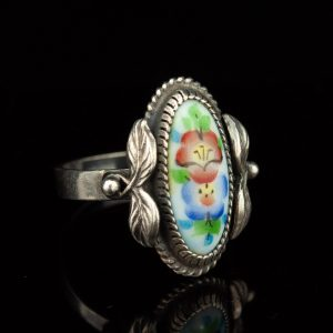 Vintage ring, porcelain hand painting