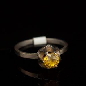 Sõrmus, 916 hõbe, kollane kivi