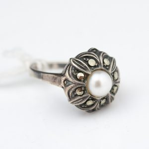 Antique 830 silver ring , mother of pearl