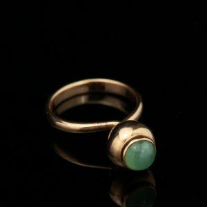 KK sõrmus, 583 kuld, smaragd