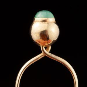 Vintage Estonian KK gold ring with cabochon emerald