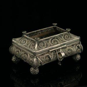 Antique silver filigree trinket box