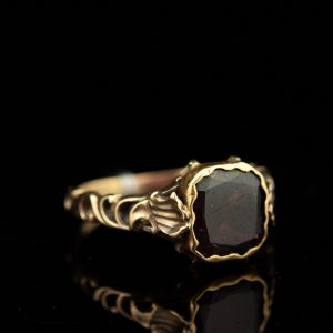 Antiikne kuldsõrmus