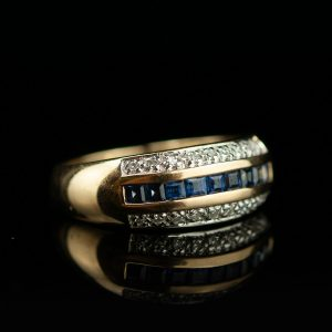 585 Gold ring with sapphires and diamonds