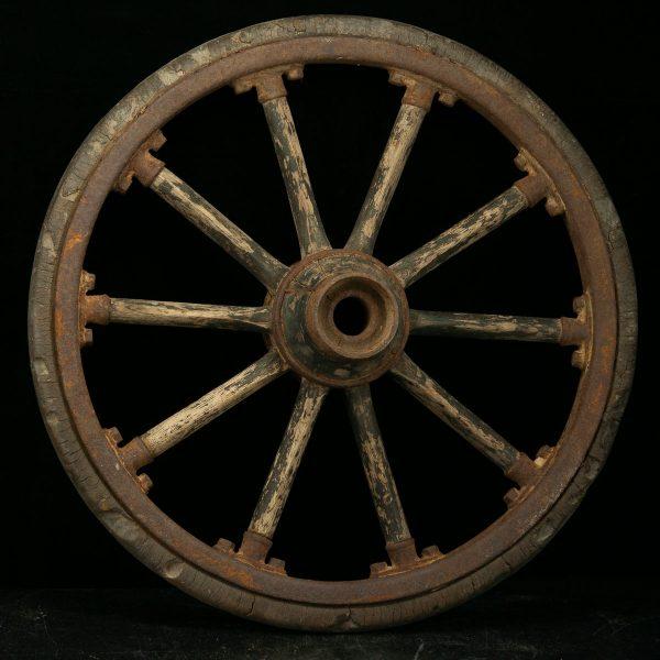 Set of 4 antique wood wheels for car?