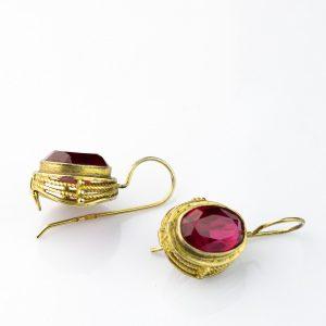 Vene kõrvarõngad punase kiviga, 875 hõbe kullatud