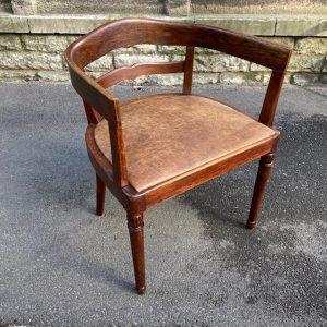Kirjutuslaua tool 30-ndatest
