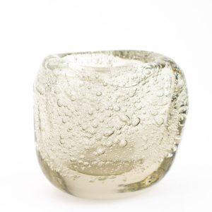 Tarbeklaasi väike vaas