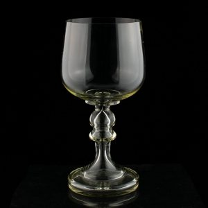 Antiikne suur klaasist pokaal