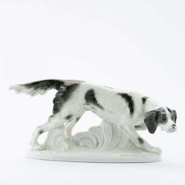 Fasold & Stauch - Saksa portselan koera figuur