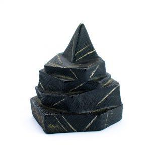 Keraamiline kuju Püramiid Eesti