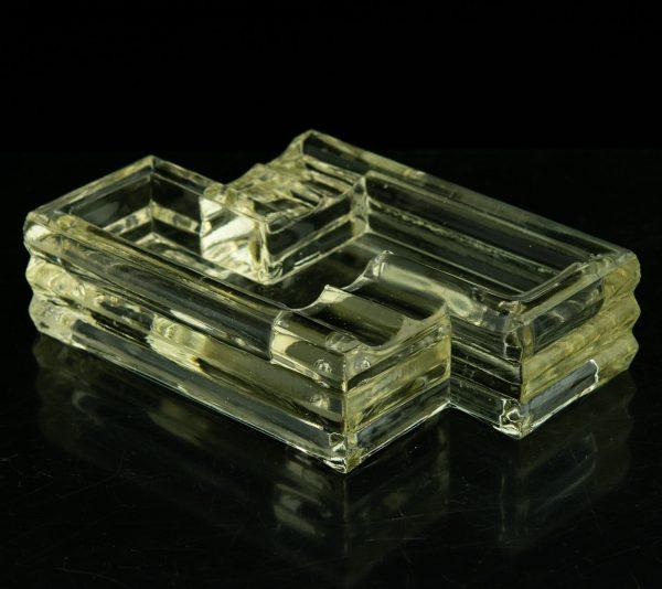 Antiikne klaasist tuhatoos