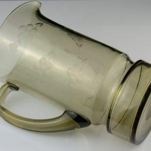 Tarbeklaasi suitsuklaasist kann ja 6 klaasi,Ene- Helga Kõrge 1978a