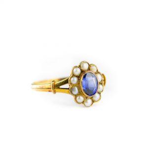 Kuldsõrmus suurus 17.5, 585 kuld, pärlid, naturaalne safiir - tootel on sertifikaat
