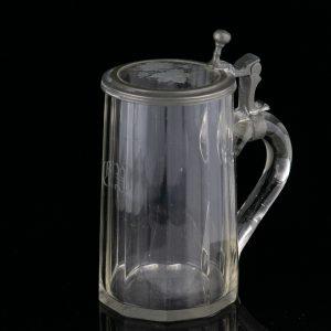 Antiikne Saksa õllekapp, klaas