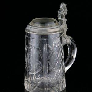 Antiikne Saksa õllekapp, klaas, päkapikuga sang