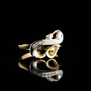 Kuldsõrmus suurus 17, kuld 585 tsirkoonid