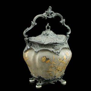 Prantsuse suhkrutoos, kristall hõbetatud metallist raam ja kaas, Victor Saglier 1809-1894