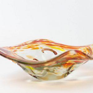 Värvilisest klaasist vaagen Tarbeklaas?