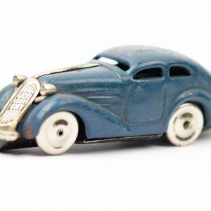 Saksa vanaaegne mudelauto, üleskeeratav