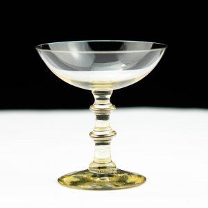 Klaasist karahvin ja 10 klaasi
