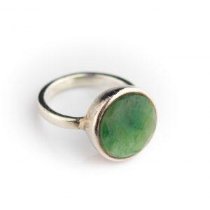 Sõrmus suurus 14.5 hõbe 925,25 roheline kivi