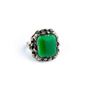 Hõbesõrmus, roheline kaltsedon, suurus 17,5
