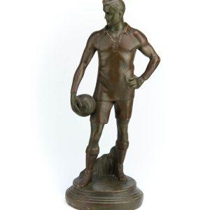 Kipsist kuju Jalgpallur