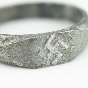 Haakristiga sõrmus suurus 22,5 - alumiinium