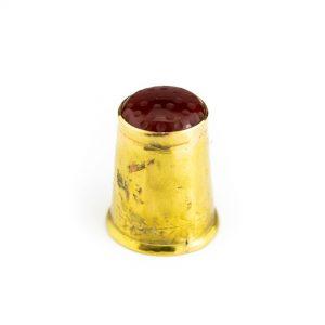Kullast sõrmkübar