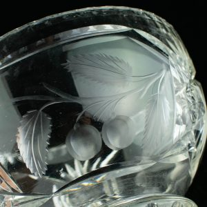 Lorupi suur kristall kauss puuviljadega Lhv 33,Eesti