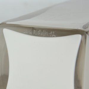Eino Mäelt  valge klaasist vaas 1992a,signeeritud