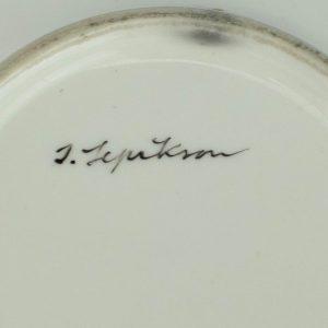 Portselanist käsimaalinguga tass,Ilse Lepikson