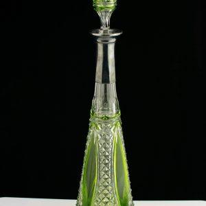 Karahvin, roheline kristall hõbedaga