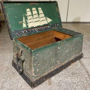 Antiikne puidust meremehe kirst 19 saj.esimene pool