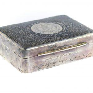 Sigarillo karp Tai sõjaveteranide organisatsiooni komlimentidega, 20saj algus, sterling